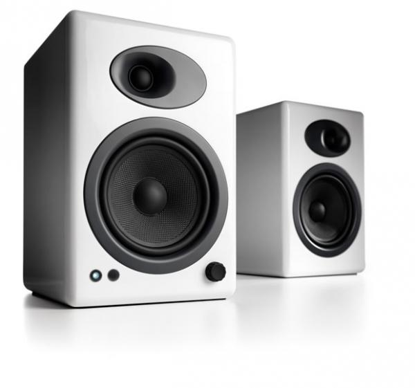 Audioengine A5+ Aktivlautsprecher, Weiß